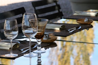 Altus Table Setting